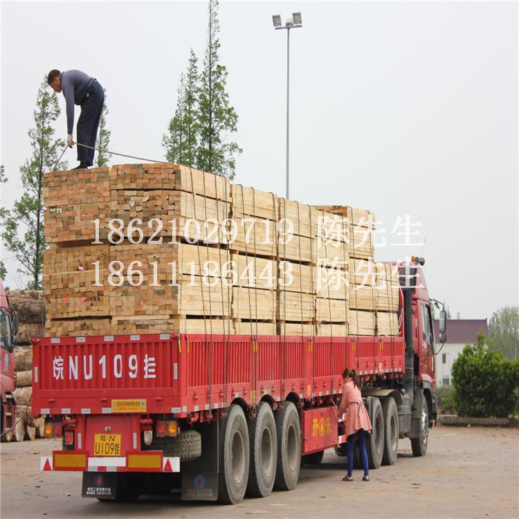 辐射松工程木方铭峰牌49辐射松方木温州现货
