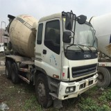Used Izusu Concrete Mixer For Sale