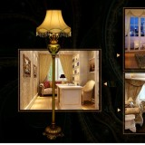 Classical Family Rose Lampshade Western Style Floor Lamp