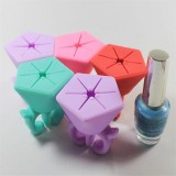 Nail Art Silicone Finger Wearable Nail Polish Holder Professional Display Tips